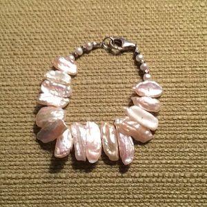Jewelry - Fresh water pearls bracelet